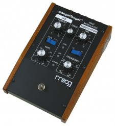 Moog MF102 Moogerfooger Ring Modulator (Includes PSU)   